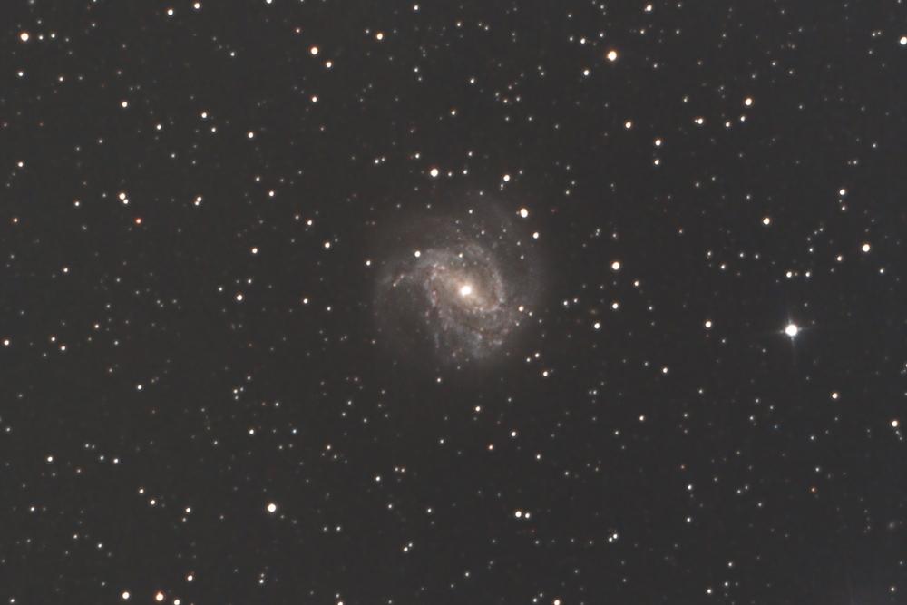 M83_170304yp2q